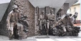 """Zawyją syreny w godzinę """"W"""". Zbliża się 73. rocznica Powstania Warszawskiego"""