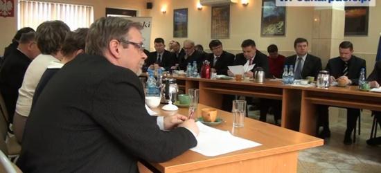 Lesko24.pl: Radni powiatowi w Lesku obniżyli sobie diety