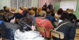 Spotkanie z rodzicami o odpowiedzialności prawnej nieletnich