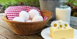 Żywność coraz droższa. Gwałtowny wzrost cen masła, jaj, jabłek, sera, marchwi, czy śmietany