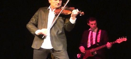 Muzyczne show wirtuoza skrzypiec! Sanocka publiczność zachwycona (FILM)