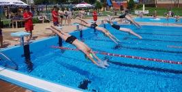 BIESZCZADY: Nie rywalizacja i medale były najważniejsze. Zawody pływackie w Ustrzykach Dolnych (FILM, ZDJĘCIA)