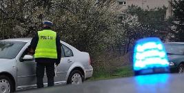 Porzucił samochód i uciekł do lasu przed policjantami. Miał 3 promile alkoholu w organizmie