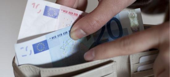 Para pobiła i ukradła mężczyźnie ponad 2 tysiące euro