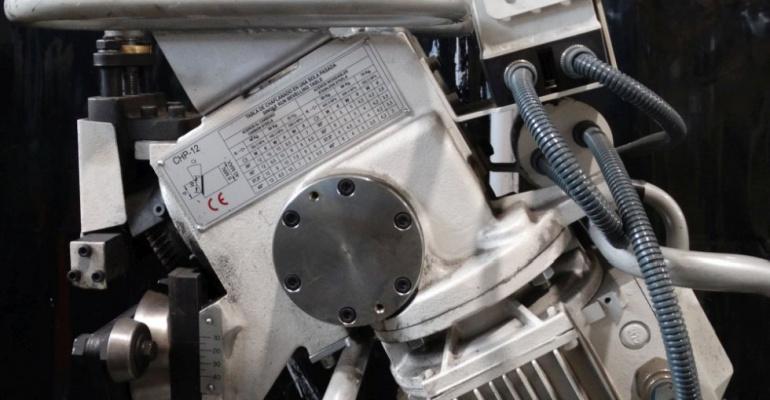 Usługi CNC oraz obróbka konwencjonalna w budowie i konstrukcji maszyn, a normy i oczekiwania klienta