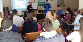 Studenci z Wrocławia poznawali pracę policjantów w Bieszczadach (ZDJĘCIA)
