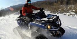 BIESZCZADY: Poszukiwania lawinowe, ratownictwo ze śmigłowcem i jazda skuterem. Goprowcy w akcji (ZDJĘCIA)