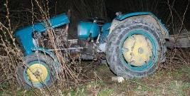 Zginął przygnieciony przez ciągnik. 35-latek wracał do domu po pracy w lesie