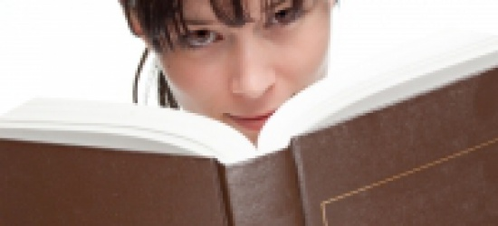 BIESZCZADZKIE LATO Z KSIĄŻKĄ: Sanok odwiedzą znani literaci oraz aktorzy