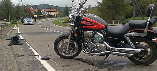 Zajechała drogę motocykliście. Mężczyzna trafił do szpitala