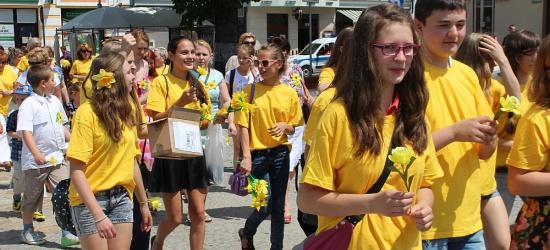 Marsz Żonkilowy zainaugurował Motoserce i Wielki Piknik Rodzinny (ZDJĘCIA)