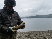 SOLINA: Saperzy wyciągnęli pocisk artyleryjski z Jeziora Solińskiego
