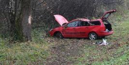 AKTUALIZACJA ZAGÓRZ: Jechał zbyt szybko, stracił panowanie nad pojazdem i wylądował w rowie (FILM 2, ZDJĘCIA)