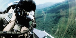 BIESZCZADY: Wojskowe samoloty nocą nad Ustrzykami? Spokojnie, to tylko ćwiczenia